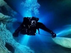 Cursos-Buceo-Cuevas-Lanzarote-Francia-Liquidplanet