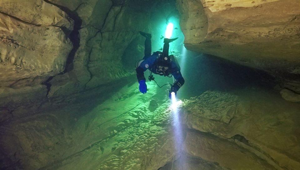Cursos buceo cuevas lanzarote francia liquidplanet 3