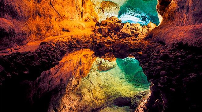 cueva-de-los-verdes-lugares-que-visitar-Liquid-Planet-Web